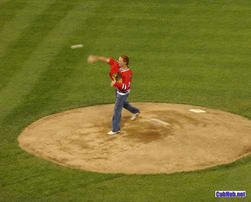 Patrick Kane tosses first pitch at Wrigley Field